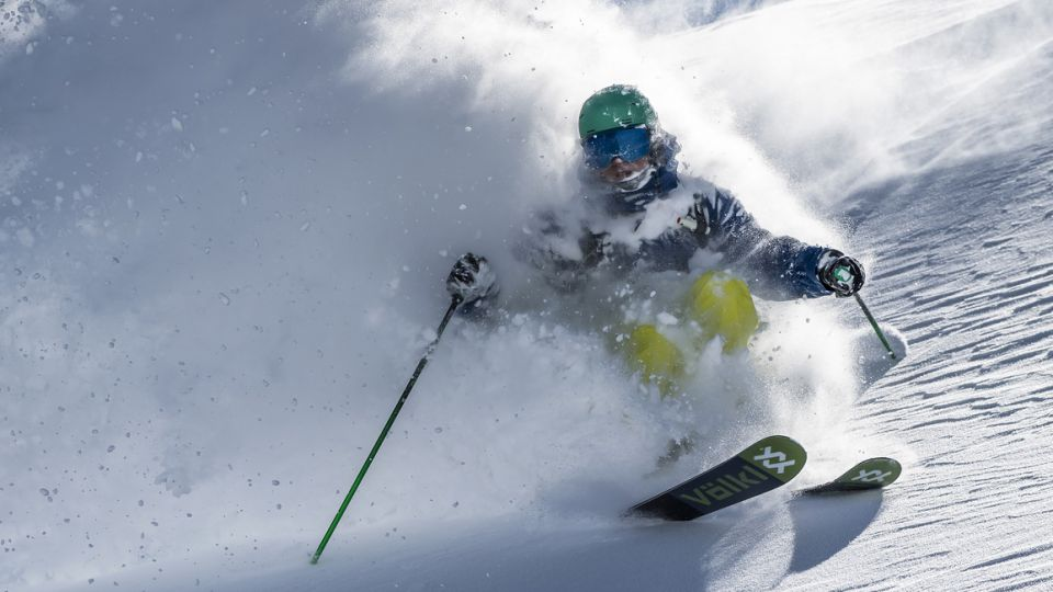 Image: Ski and snowboard rental